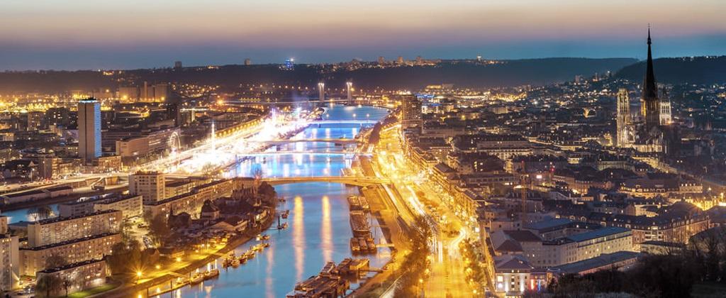 Rouen la nuit
